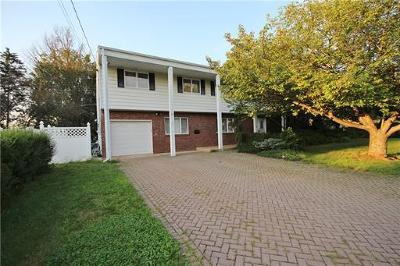 East Brunswick Single Family Home For Sale: 27 Sullivan Way