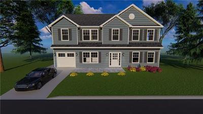 Colonia Single Family Home For Sale: 143 Patricia Avenue
