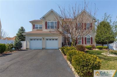 Sayreville Single Family Home For Sale: 9 Wytrwal Court