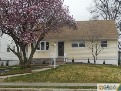 Iselin Single Family Home For Sale: 184 Worth Street
