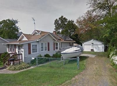 Monmouth County Single Family Home For Sale: 17 Johnson Lane