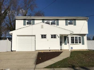 Old Bridge NJ Single Family Home For Sale: $374,900