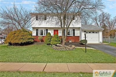 Old Bridge NJ Single Family Home For Sale: $379,900