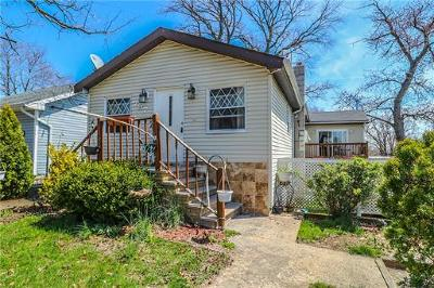 Old Bridge Single Family Home For Sale: 797 Greenwood Avenue