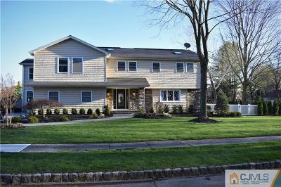 East Brunswick Single Family Home For Sale: 2 Deseret Drive