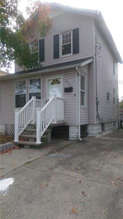 Metuchen Single Family Home For Sale: 235 Central Avenue