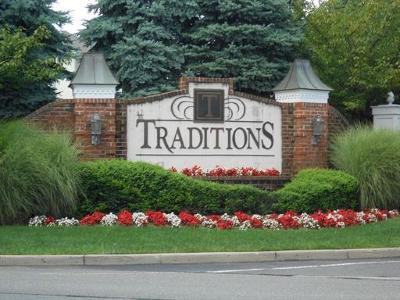 South Plainfield Condo/Townhouse For Sale: 514 Coppola Drive #514