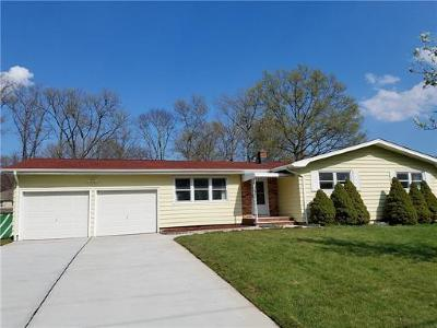 Edison Single Family Home For Sale: 46 Ellmyer Road