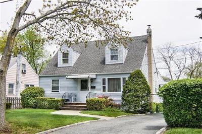 Colonia Single Family Home For Sale: 66 Dewey Avenue