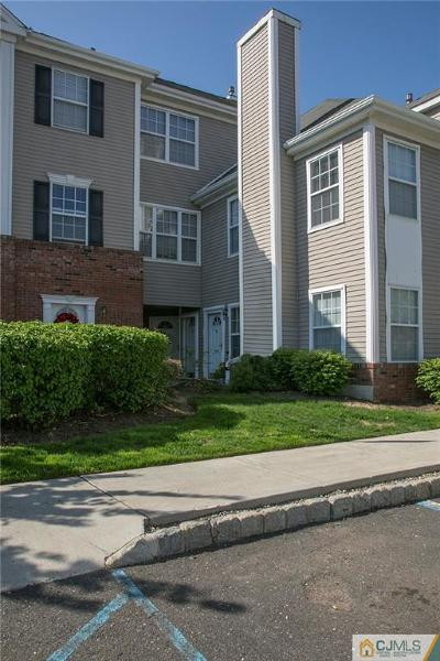 Sayreville Condo/Townhouse For Sale: 2105 Ridgeview Court #2105