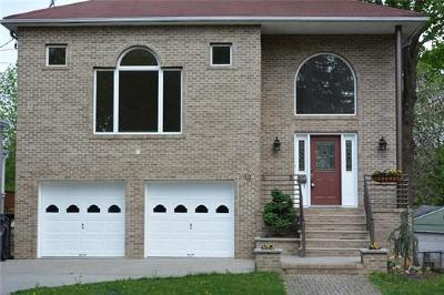 Metuchen Single Family Home For Sale: 12 Homer Place