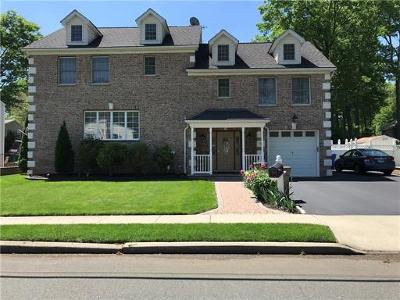 Colonia Single Family Home For Sale: 145 Kline Boulevard