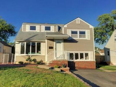 SAYREVILLE Single Family Home For Sale: 38 Robin Place