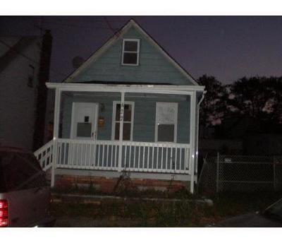 Perth Amboy Single Family Home For Sale: 427 Alpine Street
