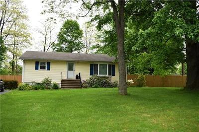 Monroe Single Family Home For Sale: 441 Spotswood-Englishtown Road