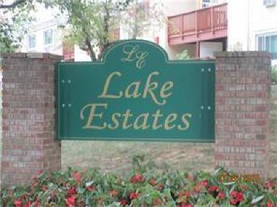 East Brunswick Condo/Townhouse For Sale: 7 Lake Avenue #4B