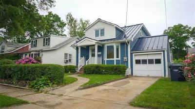Metuchen Single Family Home For Sale: 123 Harvard Avenue