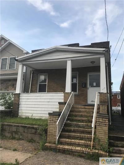 Perth Amboy Single Family Home For Sale: 428 Keene Street