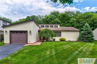 Single Family Home For Sale: 159 Community Circle