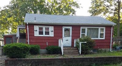 Fords Single Family Home For Sale: 25 Woodview Avenue