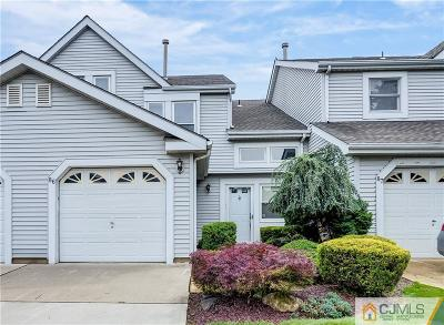 East Brunswick Condo/Townhouse For Sale: 86 Wooten Court #86