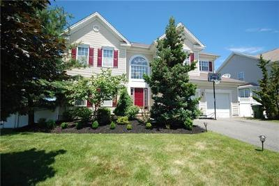 Sayreville Single Family Home For Sale: 64 Fritz Drive