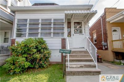 Perth Amboy Single Family Home For Sale: 413 Keene Street