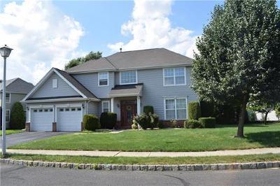 Monroe Single Family Home For Sale: 40 Narrows Way