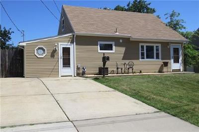 Sayreville Single Family Home For Sale: 75 Pinetree Drive