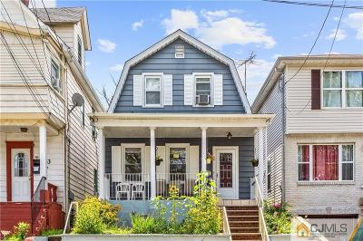 Perth Amboy Single Family Home For Sale: 437 Neville Street