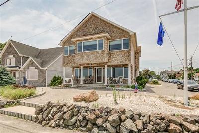 Old Bridge Single Family Home For Sale: 202 Shoreland Circle
