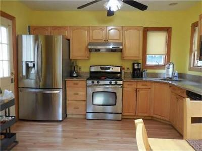 Edison Single Family Home For Sale: 11 Universal Avenue