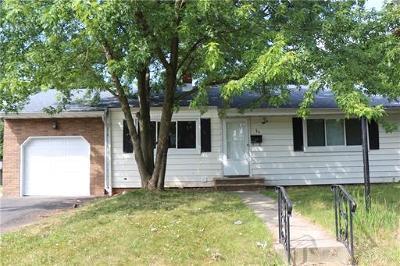 Edison Single Family Home For Sale: 84 Hillcrest Avenue