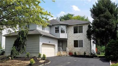 Old Bridge Single Family Home For Sale: 9 Pemberton Drive