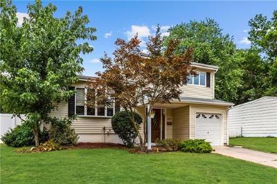 Old Bridge NJ Single Family Home Active - Atty Revu: $375,000