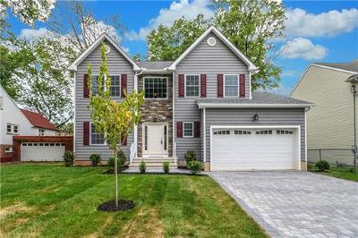 Colonia Single Family Home For Sale: 142 Archangela Avenue