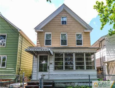 Perth Amboy Single Family Home For Sale: 721 Parker Street