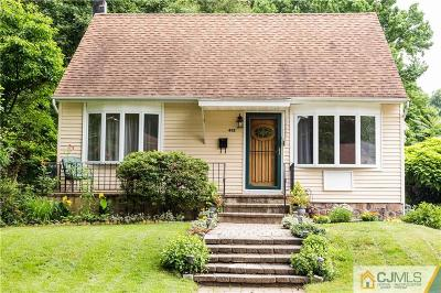 Monmouth County Single Family Home For Sale: 452 Garden Place
