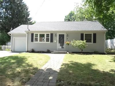 Metuchen Single Family Home For Sale: 5 James Place