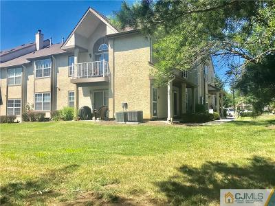 East Brunswick Condo/Townhouse For Sale: 2504 Commons Drive #4