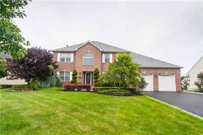 Monroe Single Family Home For Sale: 10 Julia Drive