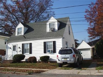 Perth Amboy Single Family Home For Sale: 639 Court Avenue