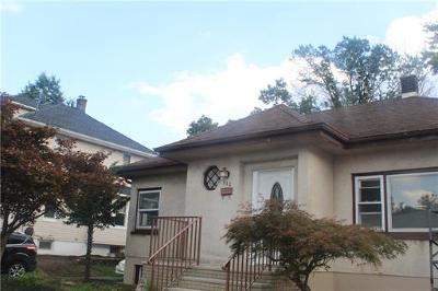 Fords Single Family Home For Sale: 111 Maxwell Avenue