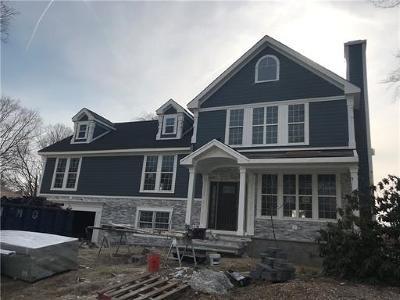 East Brunswick Single Family Home For Sale: 6 Fairview Avenue