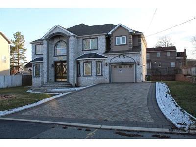Edison Single Family Home For Sale: 11 Hamilton Avenue