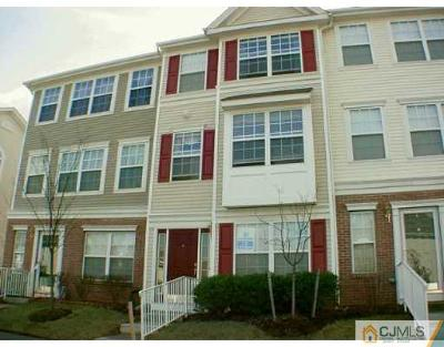 Sayreville Condo/Townhouse For Sale: 21 Woodlake Drive