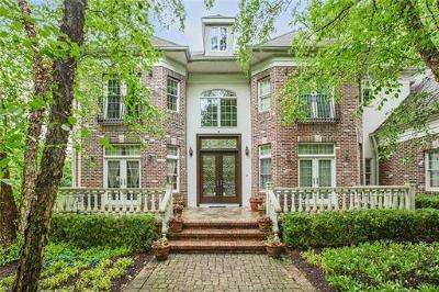 East Brunswick Single Family Home For Sale: 4 Combs Place