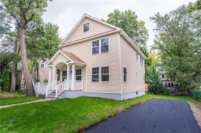 Metuchen Single Family Home For Sale: 12 Linsley Place
