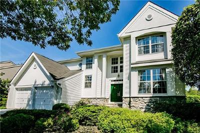 Single Family Home For Sale: 16 Yardley Manor Drive
