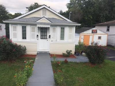 North Edison Single Family Home For Sale: 38 Henry Street